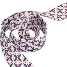 """Schrägband """"Fenton House"""" Farblich ideal aufeinander abgestimmte Bänder."""
