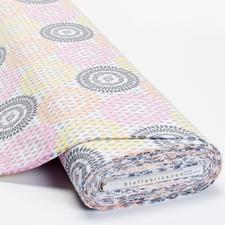 Meterware Baumwoll-Jersey - Rauten-Mandala Baumwoll-Jersey – Der ideale Stoff für bequeme Shirts, Kleider und Kindermode.