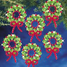 6 Kränze im Set, Ø 4 cm Glamouröser Perlen-Weihnachtsschmuck – als Komplettpackungen zum kreativen Selbermachen.