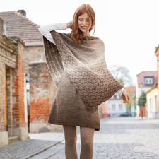 Anleitung 368/7, Damen Poncho und Rock aus Cloud von Woolly Hugs