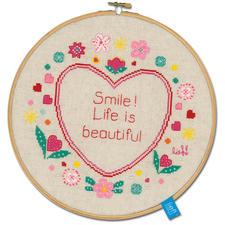"Stickbild mit Rahmen ""Smile! Life is beautiful"" Stickbild mit Rahmen aus Holz ""Smile! Life is beautiful"""