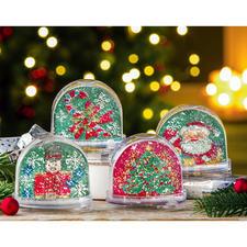 Nussknacker, Zuckerstange (leider bereits ausverkauft), Weihnachtsbaum, Weihnachtsmann auf Schlitten (leider bereits ausverkauft)