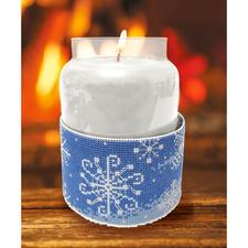 Kerzen-Corsage Schneeflocken Stickideen für die kalte Winterzeit