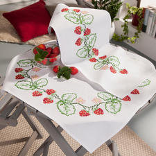 """Baumwoll-Tischwäsche """"Erdbeeren""""."""