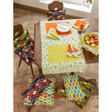 Tischläufer: Näh-Idee aus dem Buch - So geht's – Tischdecken, Tischsets & Servietten nähen. Servietten & Kissen: Näh-Idee aus dem Buch - Liebevoll Genähtes für Balkon, Terrasse & Garten.