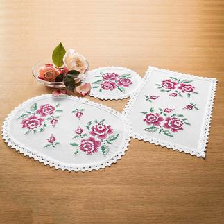 Farbig bedruckte Deckchen - Rosen Farbig bedruckte Deckchen – bereits unbestickt ein Blickfang.