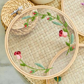 Stickbild - Rosen Feinste Stickmotive auf zarten Tüll.