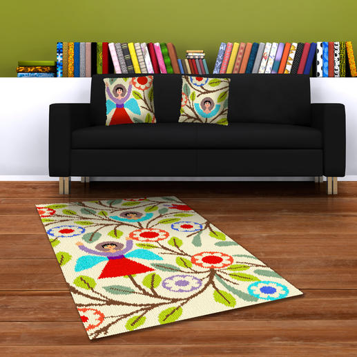 Kissen 1 (links), Kissen 2 (rechts) und Teppich
