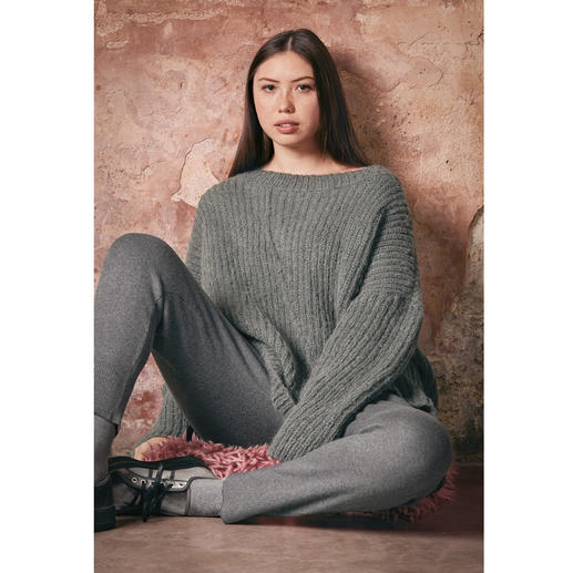 Anleitung 027 Holy Grey, Pullover aus Water von WOOLADDICTS by Lang Yarns
