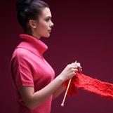 Stricken & Häkeln – die schönsten Garne und Strickanleitungen im Junghans-Wolle Creative-Shop.